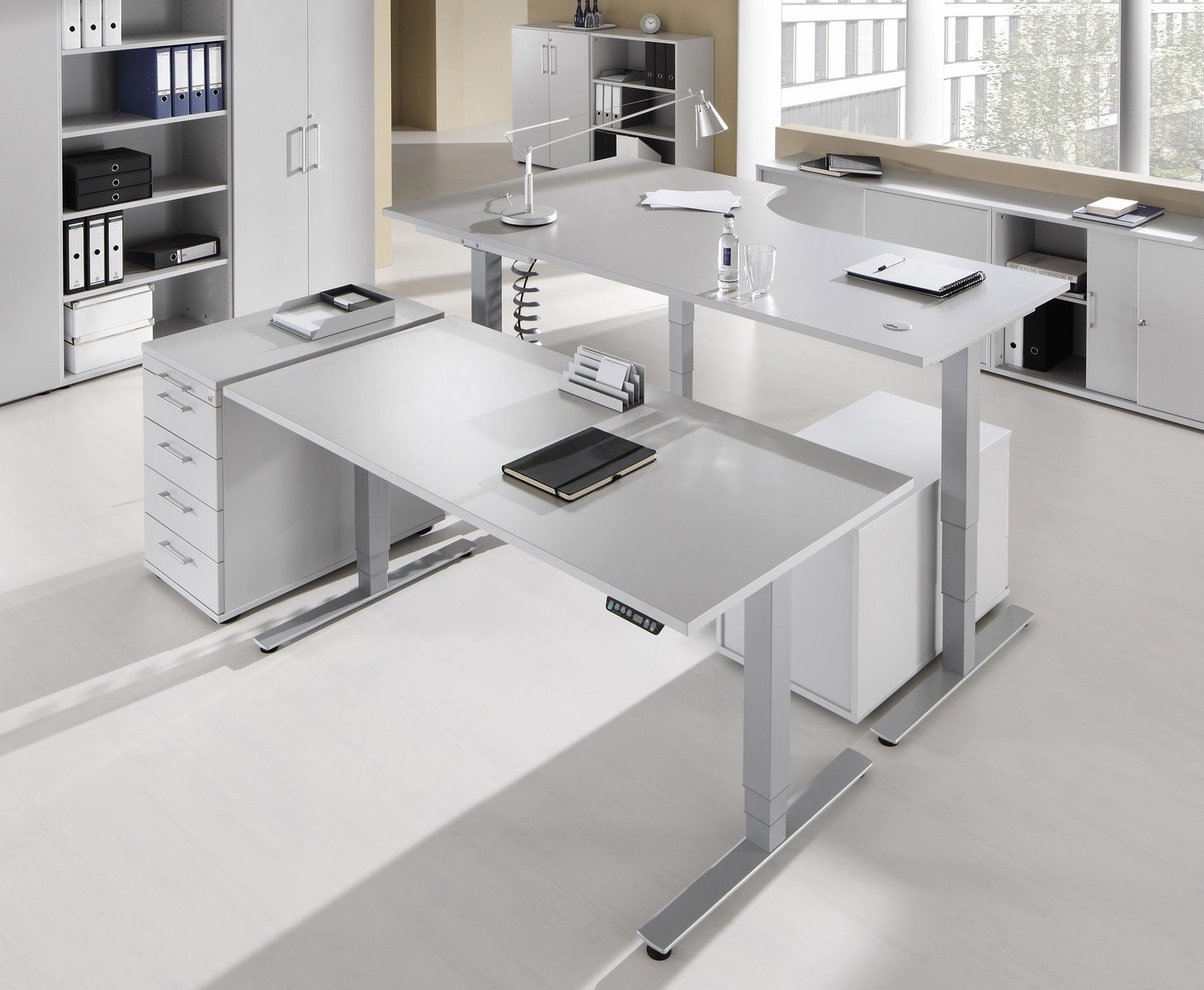 Ergonomischer bürotisch  Bümö® ergonomischer Schreibtisch mit elektrischer Höhenverstellung ...