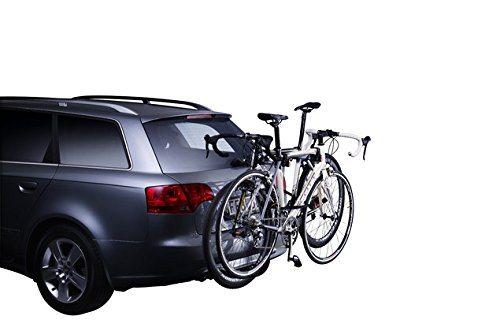 Heck-Fahrradträger von Thule am Auto mit Fahrrädern