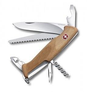 Das Victorinox Taschenmesser RangerWood 55 Nussbaum im Vergleich