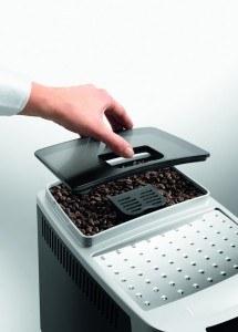 DeLonghi ECAM 22.110.B Kaffee-Vollautomat (1450 Watt, 1,8 Liter, 15 bar, Dampfdüse) schwarz mit Behälter für Kaffeebohnen