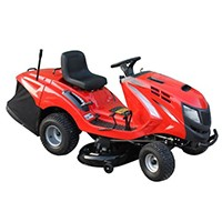 Die Serie 4000 bietet neben dem 62cm-Model auch zwei ausgewachsene Traktoren zu einem günstigen Preis.