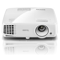 BenQ TH530 Full HD 3D DLP-Projektor (Beamer mit 1920x1080 Pixel, Kontrast 10.000:1, 3200 ANSI Lumen, HDMI, 1,1x Zoom) weiß