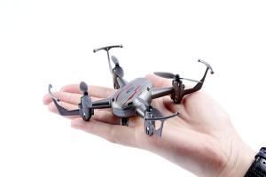 03-1-maximum-rc-q019002-3d-action-mini-quadrocopter-drohne