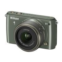 Nikon 1 S1 Systemkamera (10 Megapixel, 7,6 cm (3 Zoll) LCD-Display, Full HD) Kit inkl. 1 Nikkor 11-27,5 mm Objektiv khaki