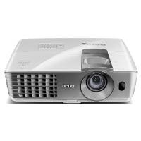 BenQ W1070+ 3D Heimkino DLP-Projektor (Full HD 1920x1080 Pixel, 2.200 ANSI Lumen, Kontrast 10.000:1, 2x HDMI, MHL, vertikal Lens-Shift) weiß [Energieklasse A++ to G]