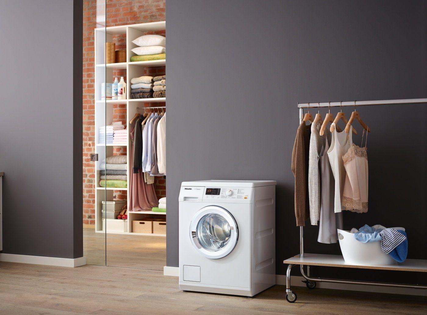 Die Miele WDA 110 WCS Waschmaschine Frontlader in der Frontansicht