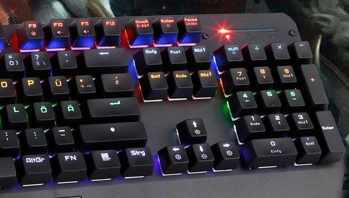 gaming tastatur test 2019 die 15 besten gaming. Black Bedroom Furniture Sets. Home Design Ideas