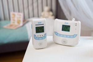 Babyphone Eco Control Dect266 von Nuk mit Kinder- und Elternteil