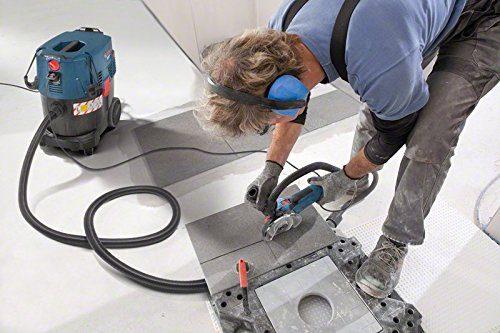 Industriestaubsauger Bosch Professional GAS 35 L SFC im Einsatz auf der Baustelle