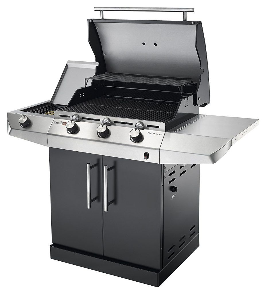 Gasgrill Char Broil Performance Series T36G in der Frontansicht