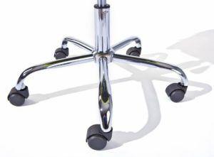 Der Links 99803154 Schreibtischstuhl für Kinder höhenverstellbar mit fünf Rollen.