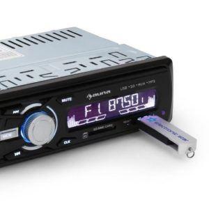 Der auna MD-120 Autoradio MP3 Autoradio hat einen USB-Slot.