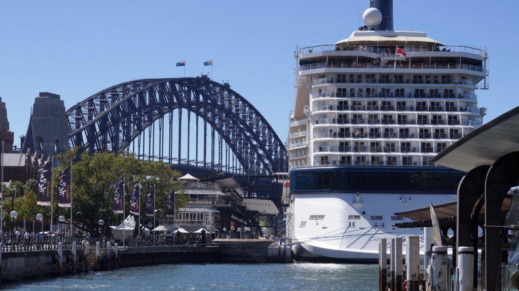 Cruise Ship 1029721