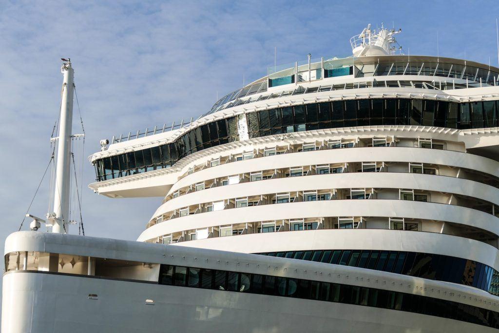 Cruise Ship 2251245