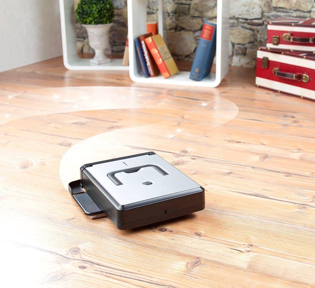Sichler-Kompakter-Saugroboter-PCR-1030 im Test saugt auf Holzboden