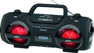 Der AEG SR 4359 BT Bluetooth Stereoradio hat eine effektvolle Beleuchtung.