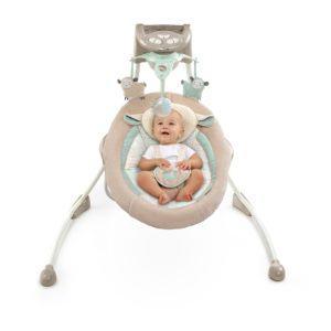 Die Bright Starts 60360 kuschelige Deluxe Babyschaukel hat uns voll überzeugt.