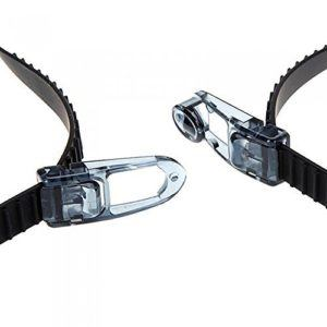 Die Kurzsichtigen Schwimmbrille Sinca hat ein verstellbares Trageband.