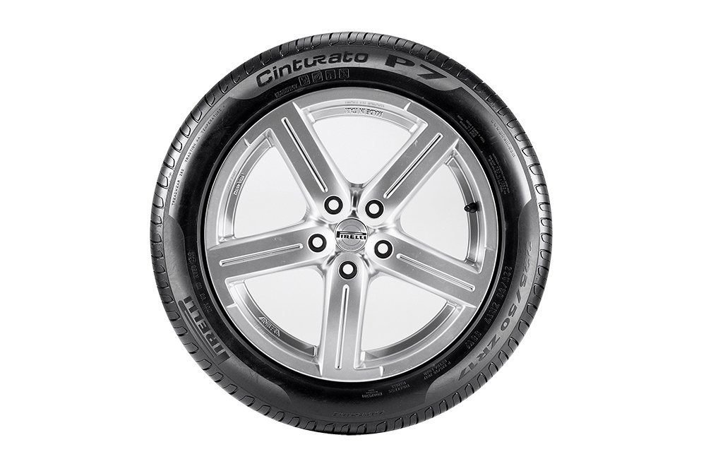 Pirelli Cinturato P7.