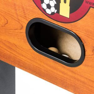 Der Tischfussball Rustic V Advance Serie hat alles im Lieferumfang.