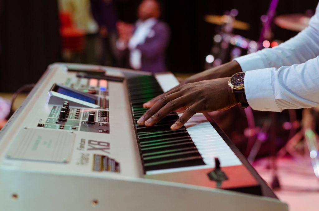 Electric Keyboard 2619395