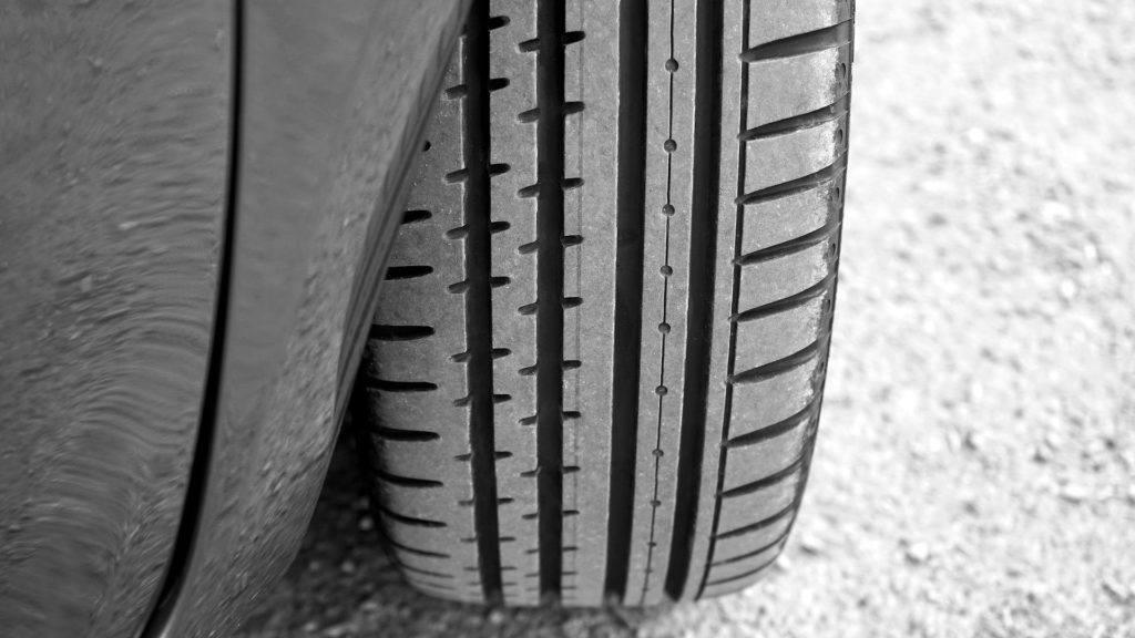 Tyre 2400516