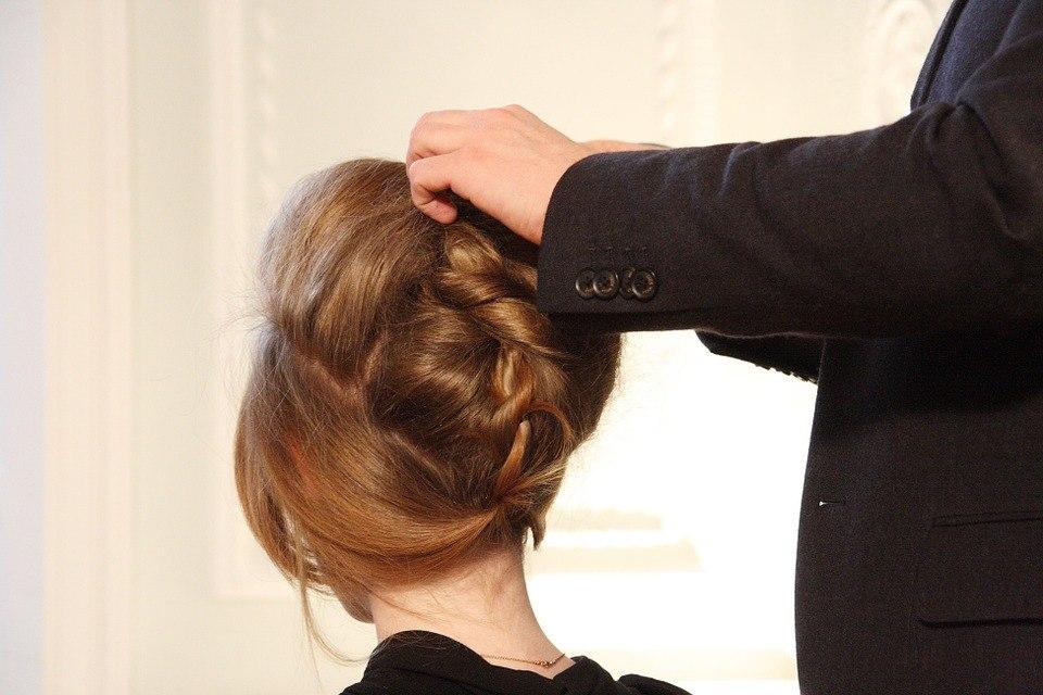 Wie Sie Ihre Haare Vor Der Hitze Sch%C3%BCtzen