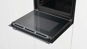 Der Bosch HBG675BB1 Serie 8 Backöfen Elektro hat viele beeindruckende Funktionen.