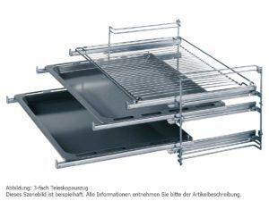 Die Bosch HND72PS50 Backofen-Kochfeld-Kombination mit praktischem Zubehör.