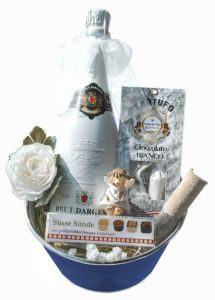 Der besondere und schön originelle Geschenkkorb In Weiß