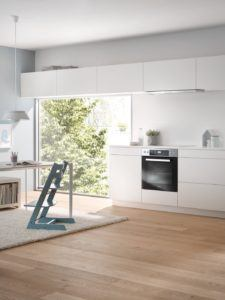 Der Miele H 2265 E Active Herd hat Standardmaße.