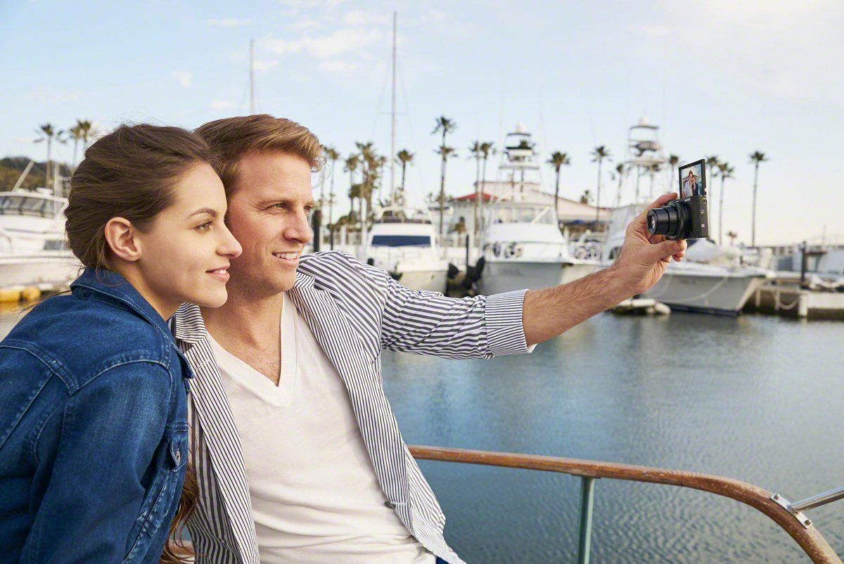 Sony DSC-HX90 Kompaktkamera Selfie