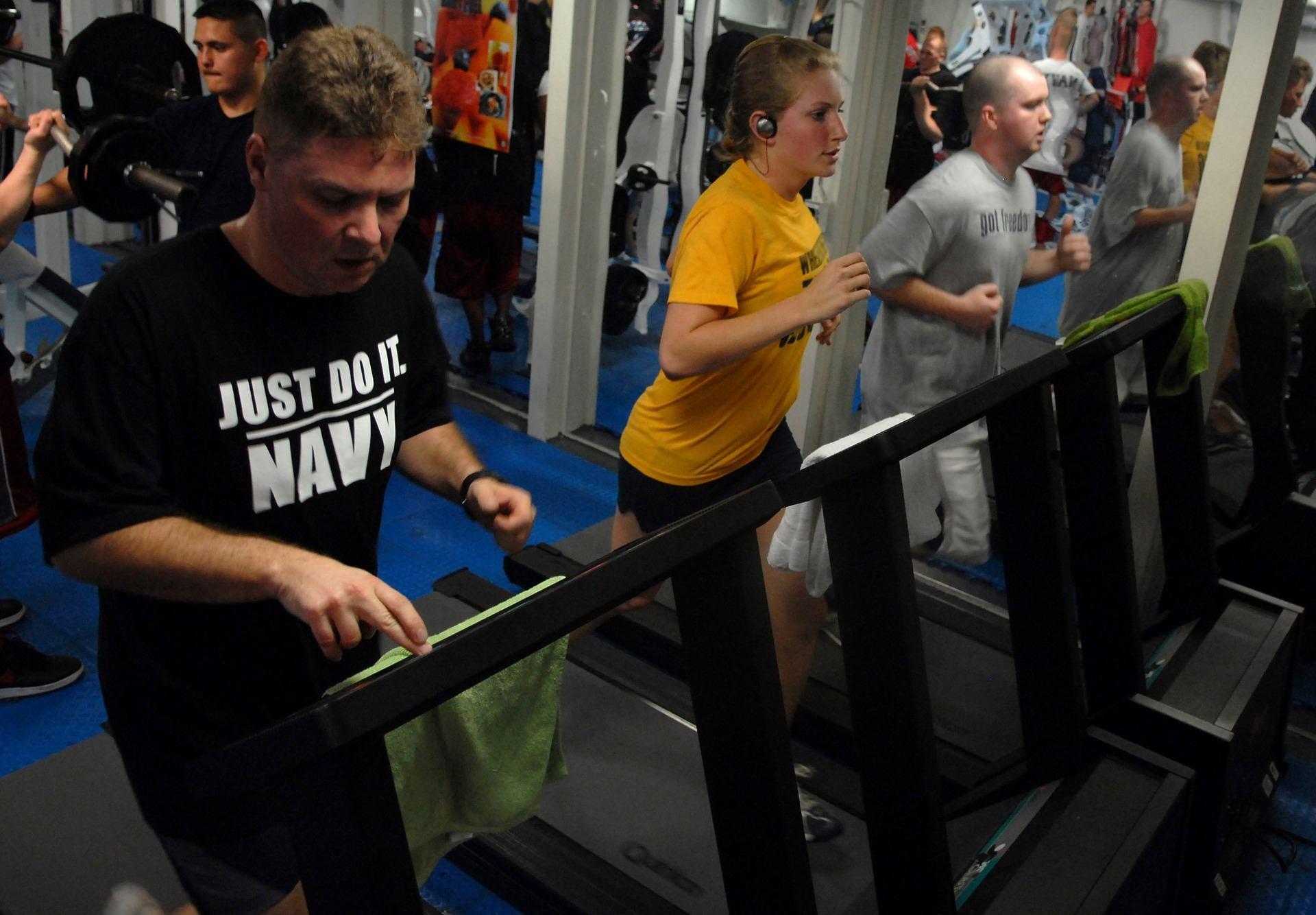 gym-room-1181815_1920