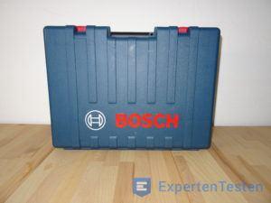 Aufbewahrungskoffer für den Bohrhammer von Bosch stehend geschlossen