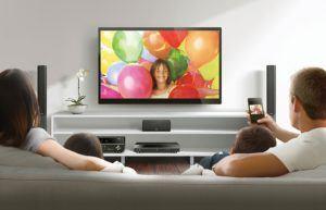 Yamaha BD-S677 BluRay Player mit passendem Fernseher