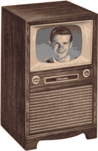 Alter Fernseher als Schrank