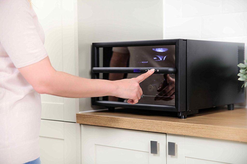 Mini Kühlschrank Vergleich : Russell hobbs rh wc minikühlschrank im test expertentesten