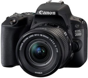 Canon EOS 200D Digitale Spiegelreflexkamera (24,2 Megapixel, 7,7 cm (3 Zoll) Display, APS-C CMOS-Sensor, WLAN mit NFC, Full-HD, DIGIC 7)