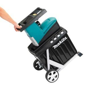Makita UD2500 2,500W 45mm 240V Electric Shredder Test