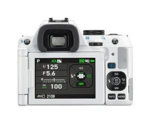 Pentax K-S2 Spiegelreflexkamera (20 Megapixel, 7,6 cm (3 Zoll) LCD-Display, Full-HD-Video, Wi-Fi, GPS, NFC, HDMI, USB 2.0) Kit inkl