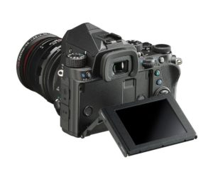 Pentax KP Digitalkamera, 24 MP CMOS Sensor, Full HD Video, 3 LCD
