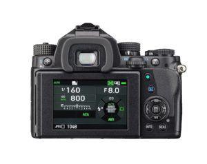 Pentax KP Digitalkamera, 24 MP CMOS Sensor, Full HD Video, 3 LCD Monitor