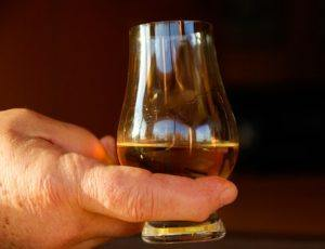 Whisky Hand