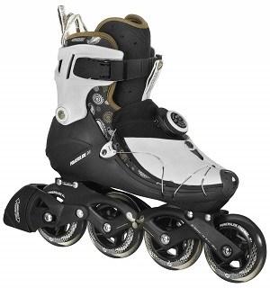 Durch das Atop Drehverschlusssystem kombiniert mit der Abdeckung auf dem Spann wird der Fuß um 360° perfekt umschlossen Test