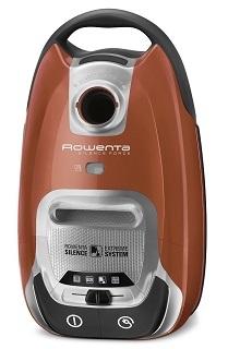 Der Rowenta RO6432EA Silence Force Staubsauger mit Beutel Design hat eine schöne orange Farbe im Test