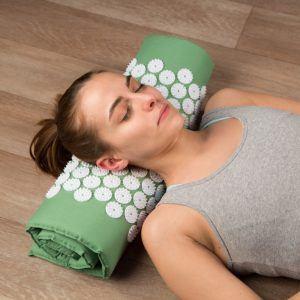 Ultrasport Akupressurmatte bzw. Yantramatte mit Tragetasche, vielfältig verwendbare Nadelreizmatte, Matte für Entspannung und Stressabbau, in 3