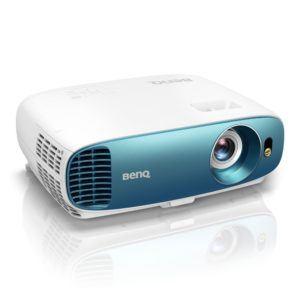 BenQ TK800 DLP Projektor (4K UHD, 3840 x 2160 Pixel, HDR, 92% REC. 709, 3000 ANSI Lumen, Football Mode, Kontrast 10.000 1, HDMI) weiß