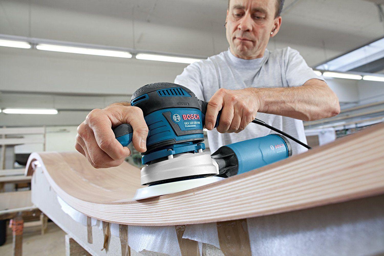 Bosch Professional GEX 125-150 AVE Exzenterschleifer, 2 Schleifteller (125mm, 150mm), 2x Schleifpapier, 400 W, Karton test