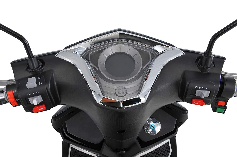 Motorroller Test - Bedienfeld des E-Rollers