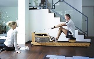 Das Water Rower ESCHE S4 Rudergerät wird getestet